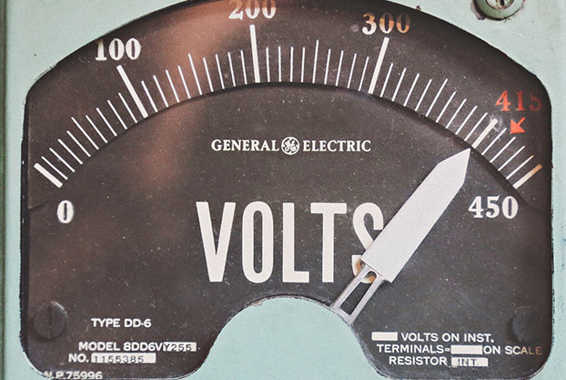 voltage meter Captech power factor